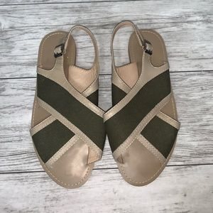 Kelsi Dagger Olive Green / Tan Sandals Size 8